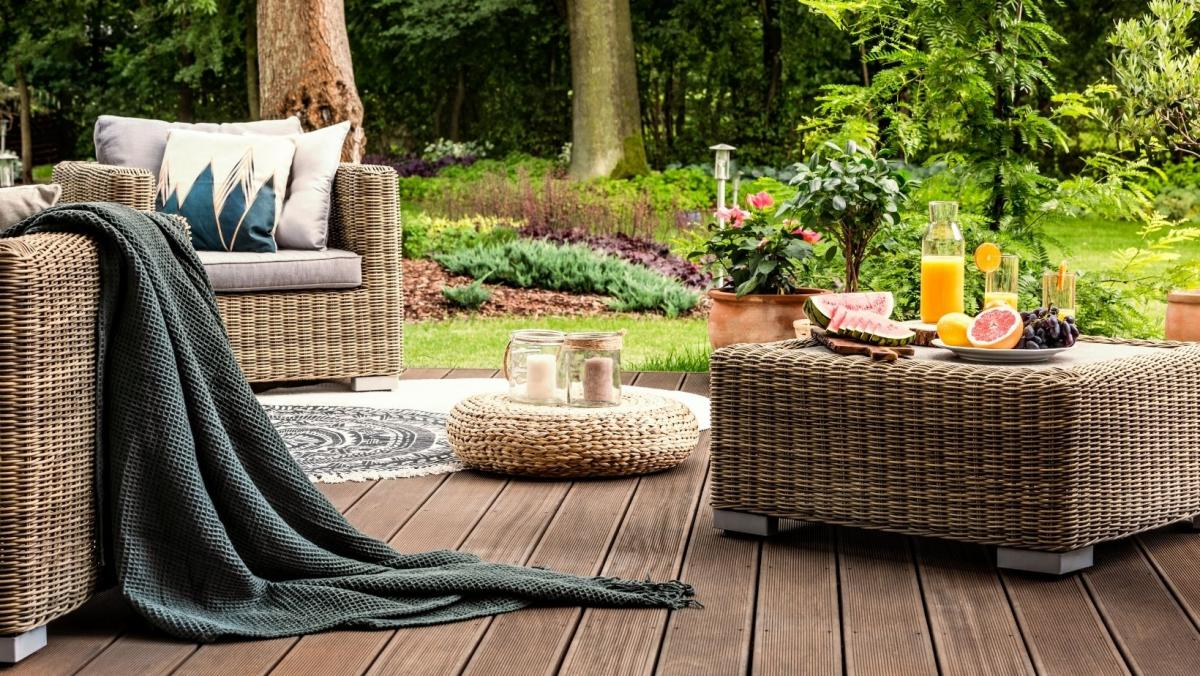 How to Keep Your Patio Area Tidy This Season